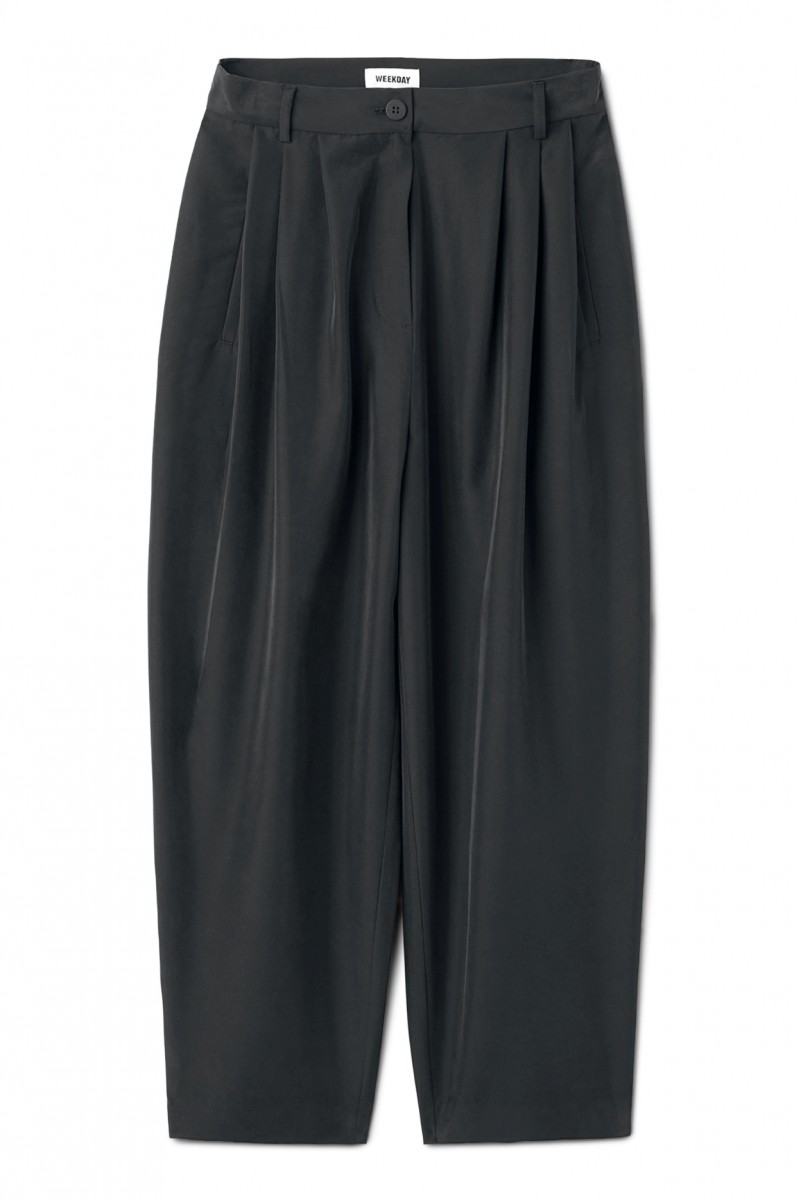 weekday perfect black trousers